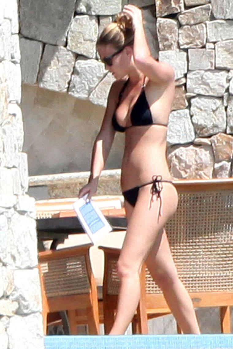 Pics of: Bar Refaeli - bikini
