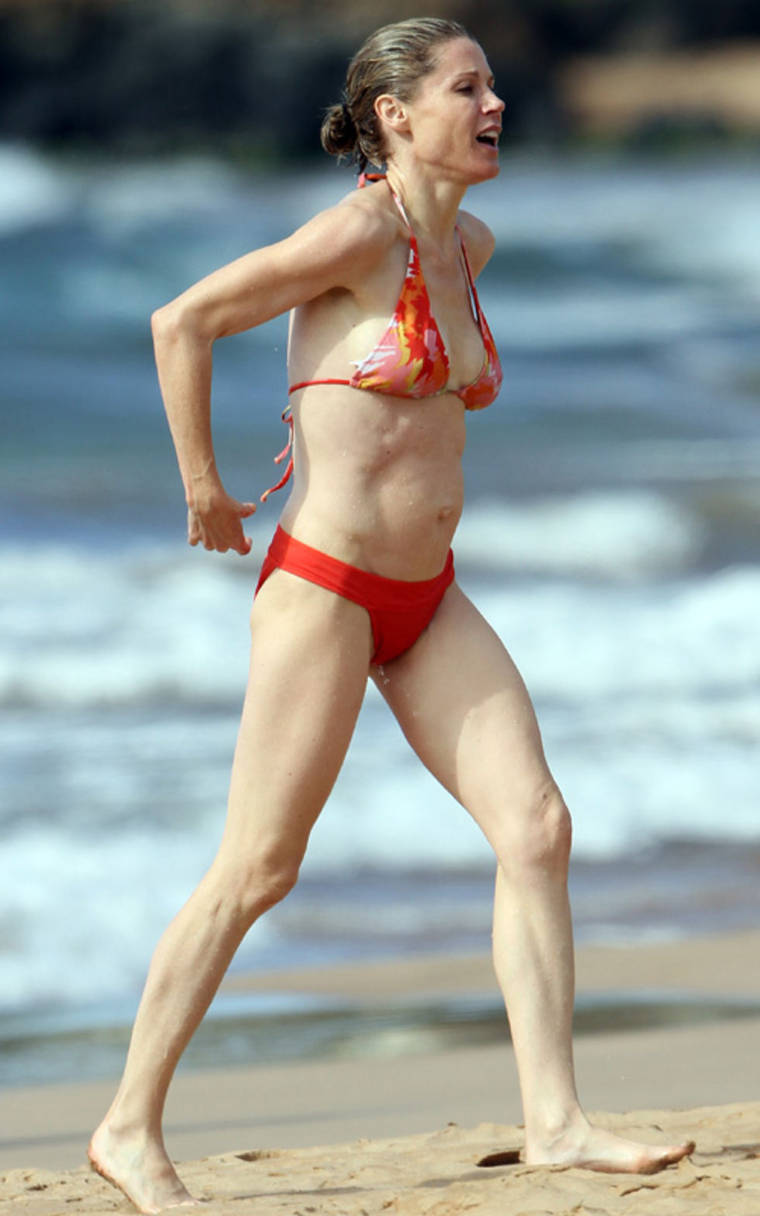 Julie Bowen in a bikini in Hawaii