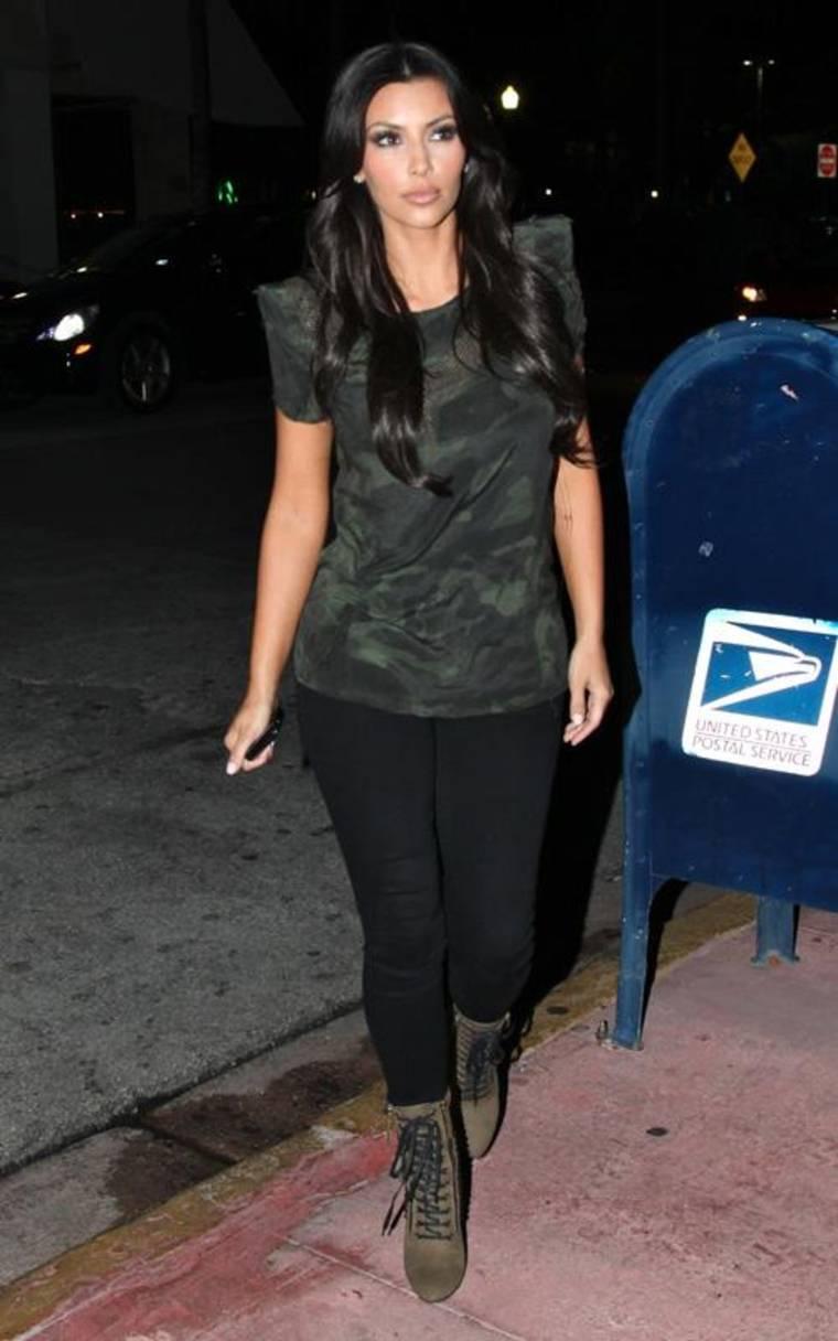 Kim Kardashian at Prime 112 Restaurant in Miami