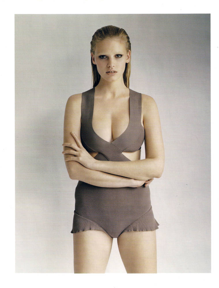 Lara Stone in UK Vogue UK, April 2010 Issue