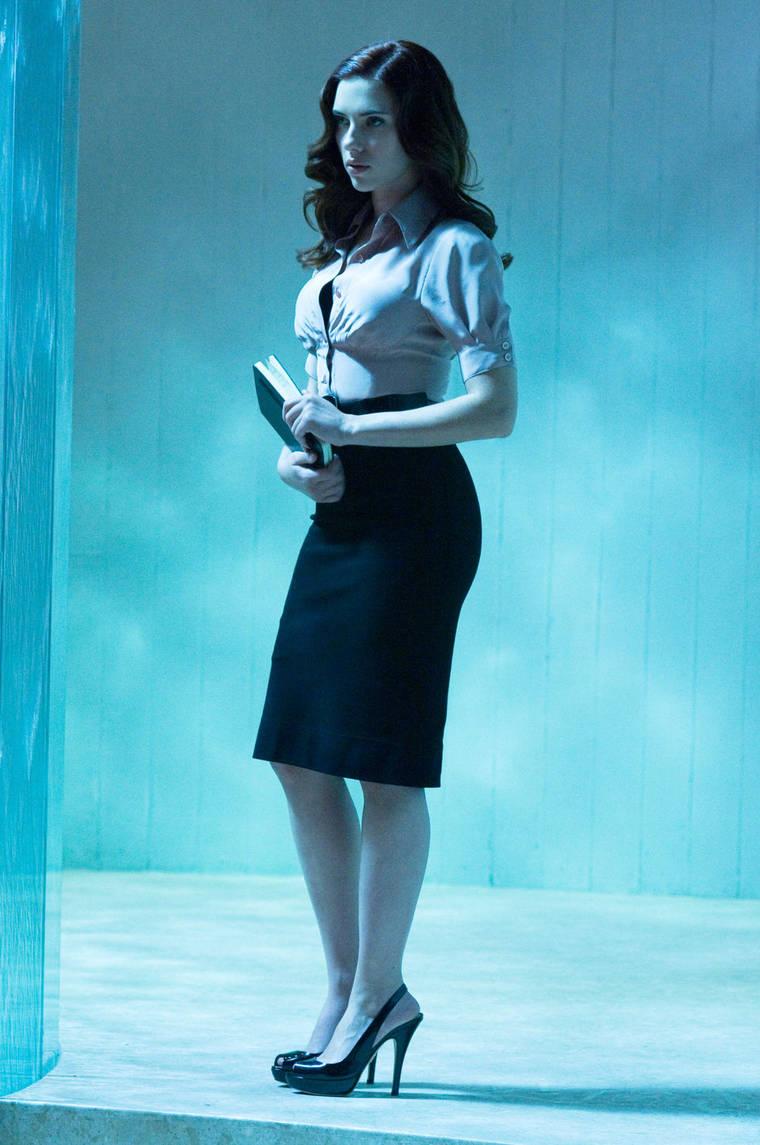 Scarlett Johansson - new Iron Man 2 pics