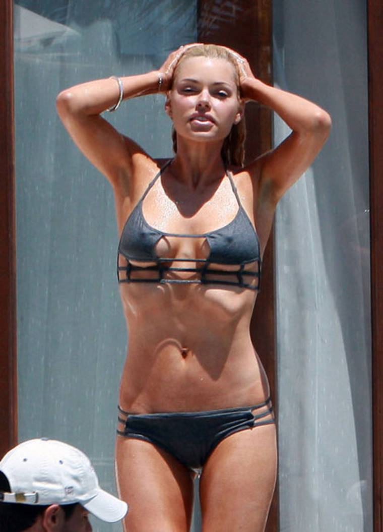 Sophie Monk in a Bikini on Vacation in Mexico