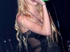 Taylor Momsen cleave fishnets at 2010 VANS Warped Tour
