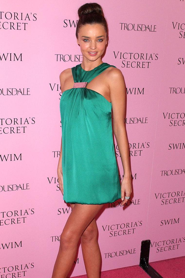 Victoria's Secret girls