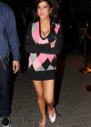 Amy Winehouse , Looking Good dropping serious cleave O&A Candids in London