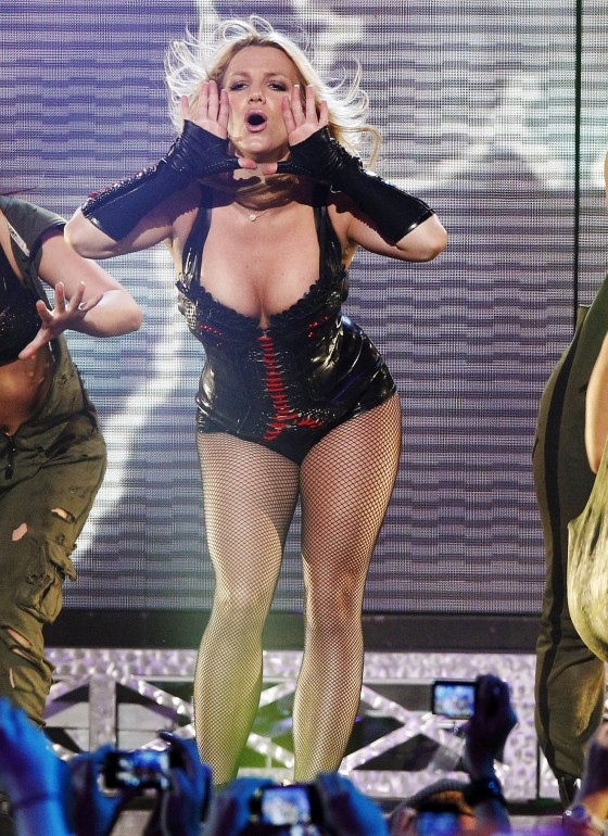 Britney Spears Back in Action Performing for Fans in San Francisco