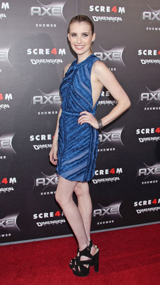 Emma Roberts - Premiere Of Scream 4 in Hollywood