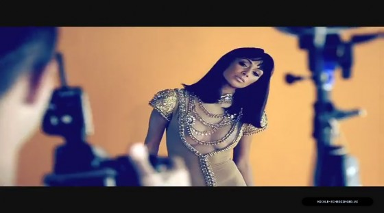 Nicole Scherzinger – Screen Caps Beauty Book 2011
