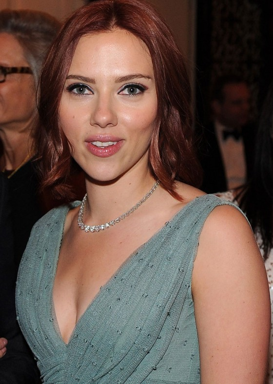 Scarlett Johansson - White House Correspondents Dinner Cleavage Candids