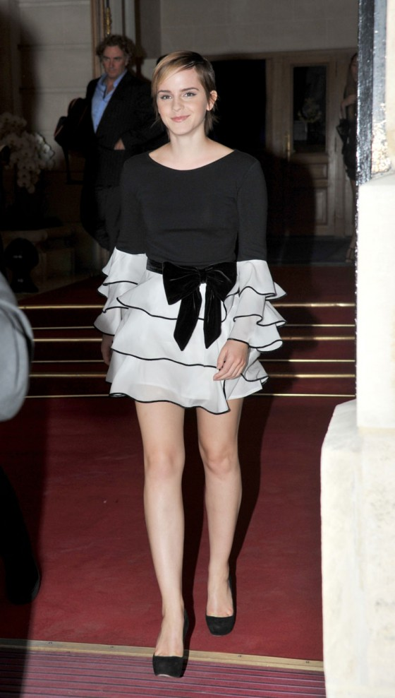 Emma Watson - Leggy Candids at The Ritz Hotel In Paris