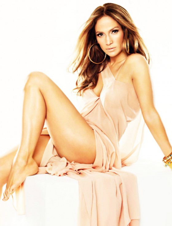 Jennifer Lopez – Hot in US Weekly June 2011
