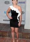 Scarlett Johansson - Leggy Candids at Spike TV 2011 Guys Choice Awards