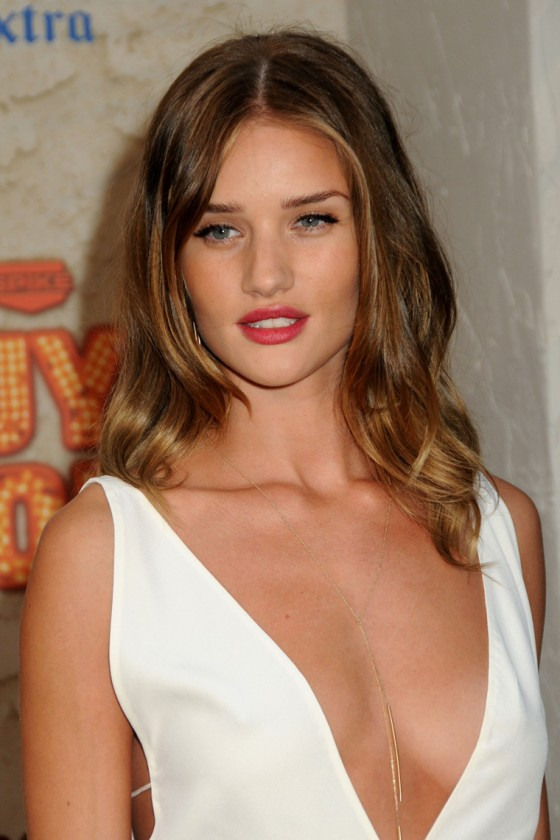 Rosie Huntington Whiteley - Big Cleavage at Spike TV Guys Choice Awards