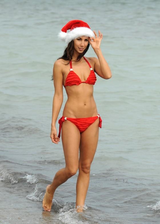 Leilani Dowding – Red Bikini in Miami