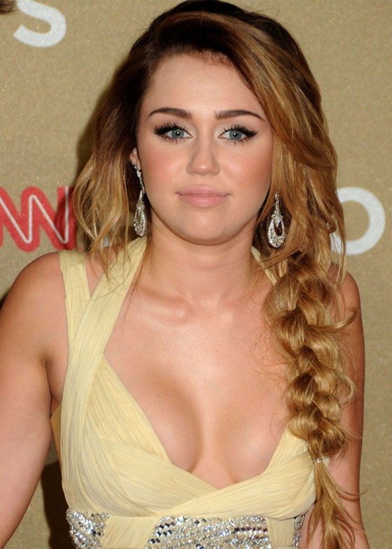 Miley Cyrus – 2011 CNN Heroes An All-Star Tribute in LA