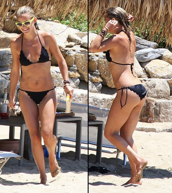 Kate Hudson Hot bikini in Greece