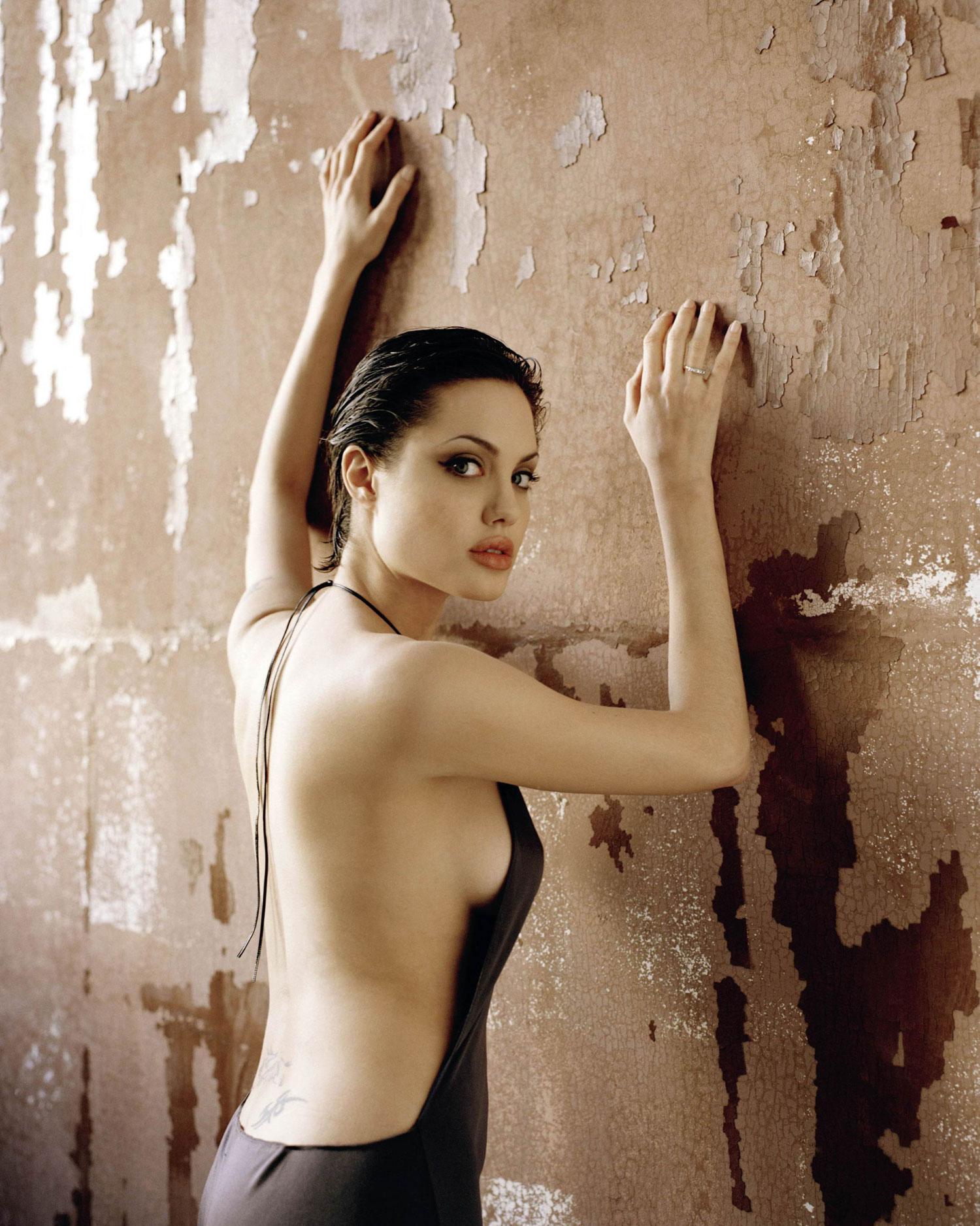 Angelina_Jolie-HOT_photos_56 | GotCeleb
