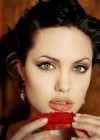 Angelina_Jolie-HOT_photos_70