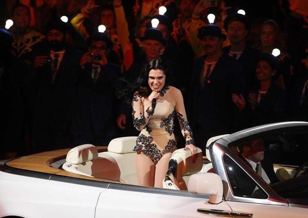 TNZ: Paparazzi For U: Jessie J Rocks London Olympics