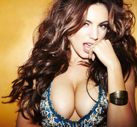 Kelly Brook Massive Cleavage for Nuts