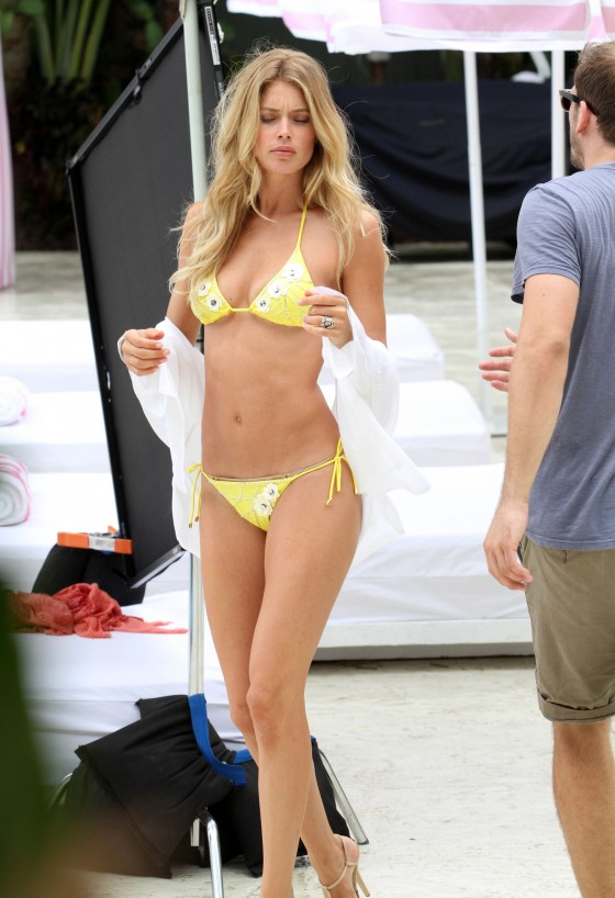 Doutzen Kroes in Yellow Bikini