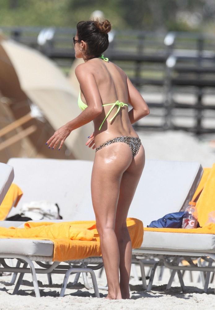 Leryn Franco Bikini Miami also Bd C furthermore Jea telee further Charlotte Mckinney Fhm Uk X also Leryn Franco In Bikini At A Beach In Miami. on leryn franco
