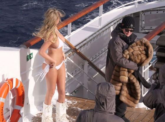 kate-upton-antartica-bikini