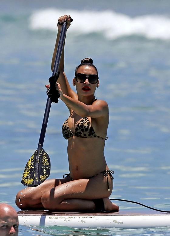 Naya-Rivera-Bikini-Big-Sean-Hawaii-5