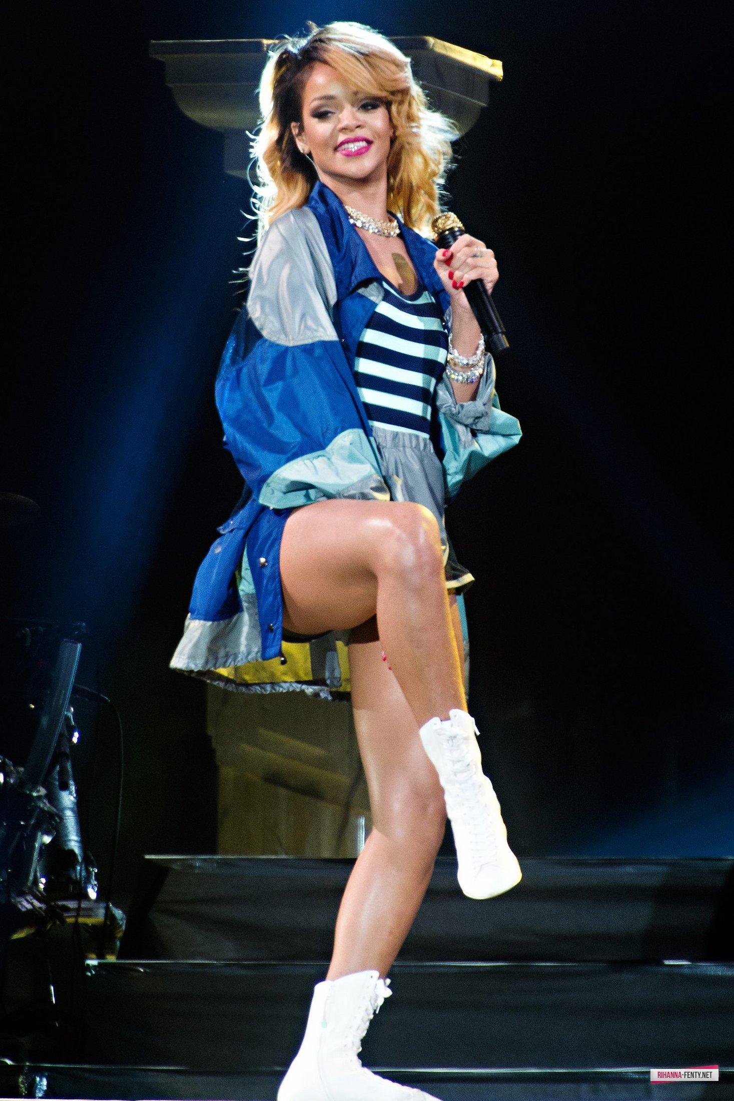 Rihanna Polen