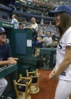 Victoria_Justice_Throwing-First-Pitch_2013_5