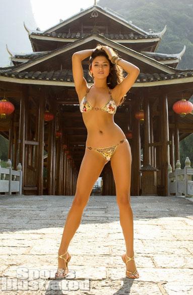 Jess-Gomes-hot