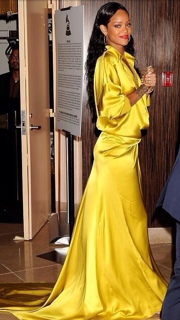 Rihanna-GRAMMY-2014-Clive-Davis-Pre-Grammy-9
