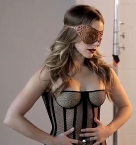 Sophia-Bush-Maxim