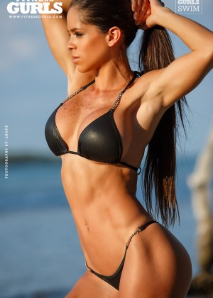 Michelle Lewin5