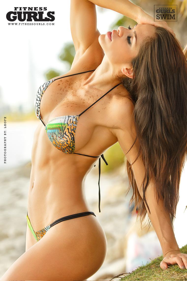 Michelle Lewin7   GotCeleb