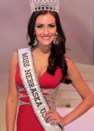 Amanda-Soltero-Miss-Nebraska-USA-2014-17