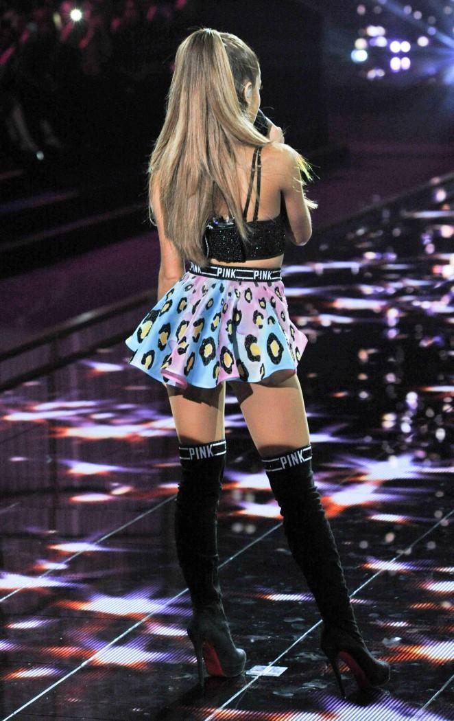 Ariana-Grande5
