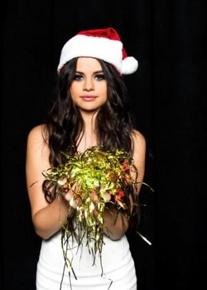 Selena Gomez8