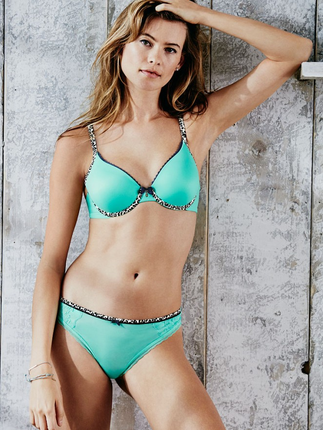 Behati Prinsloo 2016 : Behati_Prinsloo_VS_2016_30