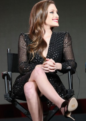 Carly Chaikin6