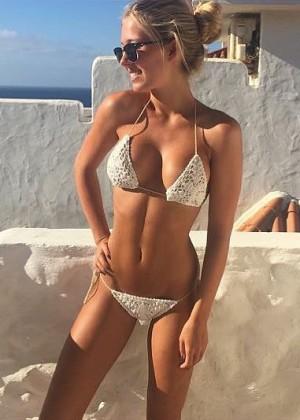 Deborah_tmz_hot_pics_1