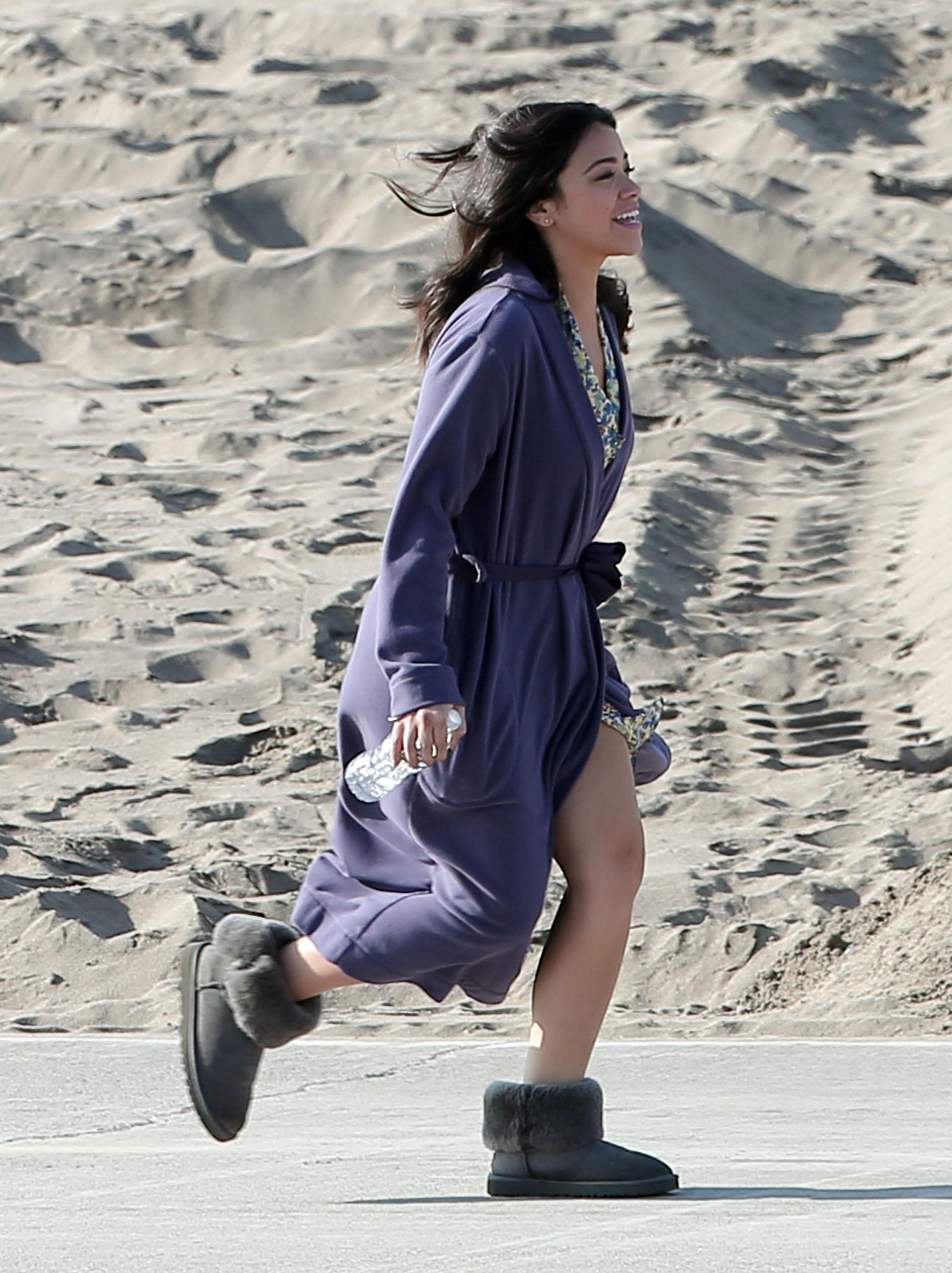 Gina Rodriguez 2016 : Gina Rodriguez4