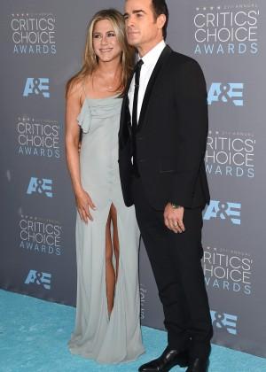 Jennifer Aniston: 2016 Critics Choice Awards -03