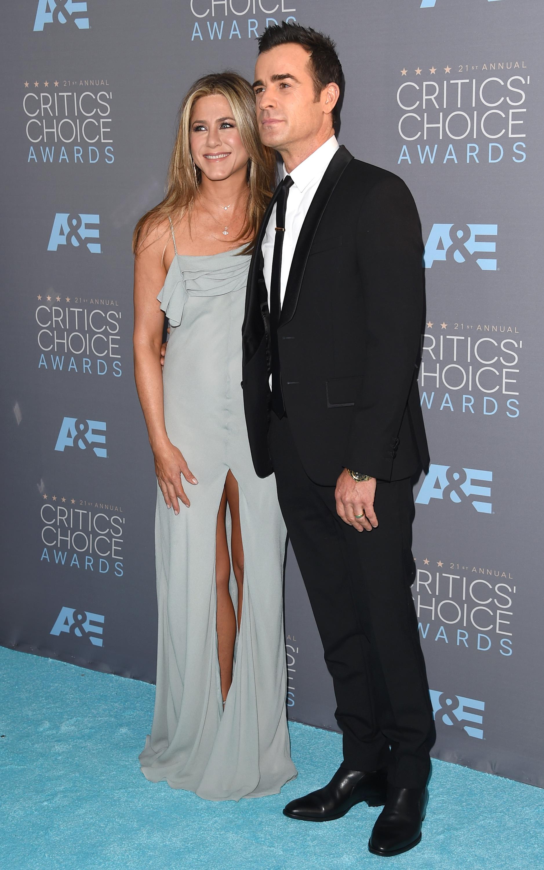 Jennifer Aniston 2016 : Jennifer Aniston: 2016 Critics Choice Awards -03