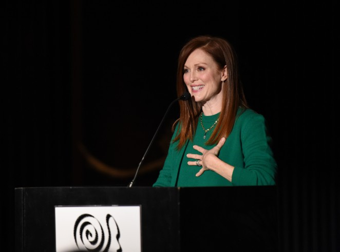 Julianne Moore2