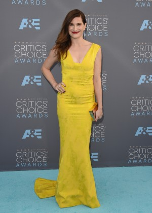 Kathryn Hahn: 2016 Critics Choice Awards1