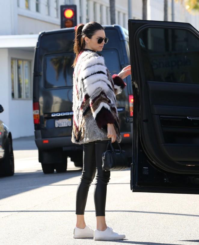 Kendall Jenner 2016 : Kendall Jenner12