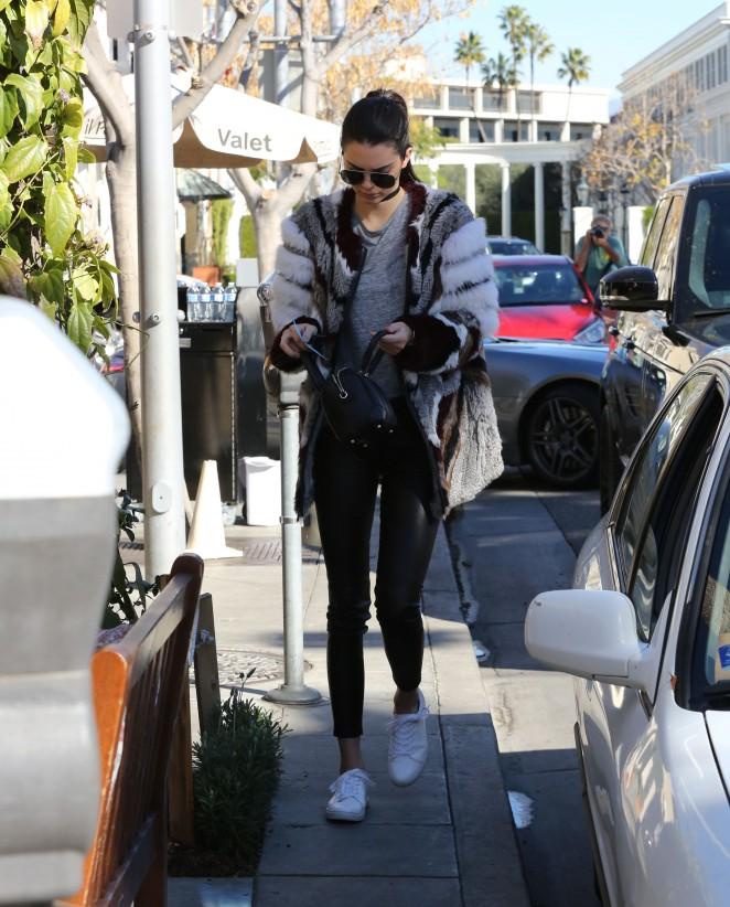Kendall Jenner 2016 : Kendall Jenner14