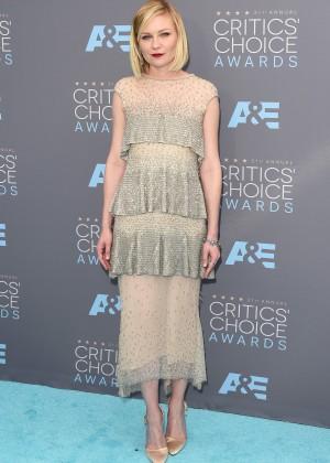 Kirsten Dunst: 2016 Critics Choice Awards1