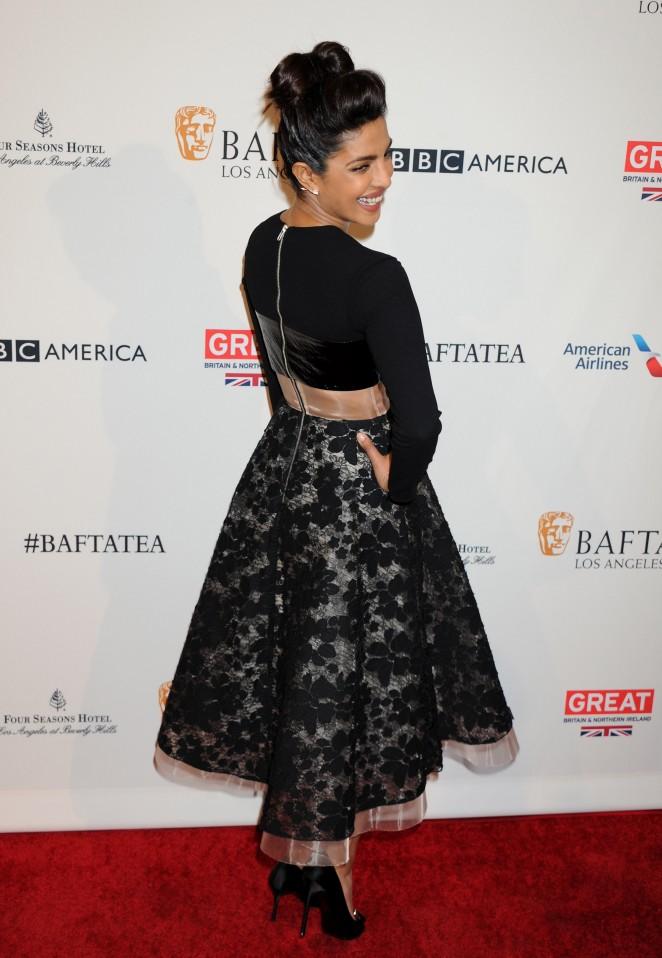 Priyanka Chopra 2016 : Priyanka Chopra10